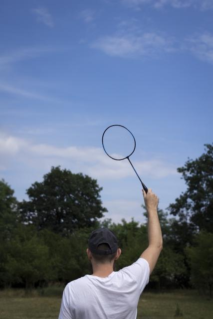 バドミントンラケットの握り方。基本的な3つの持ち方を詳しく解説。